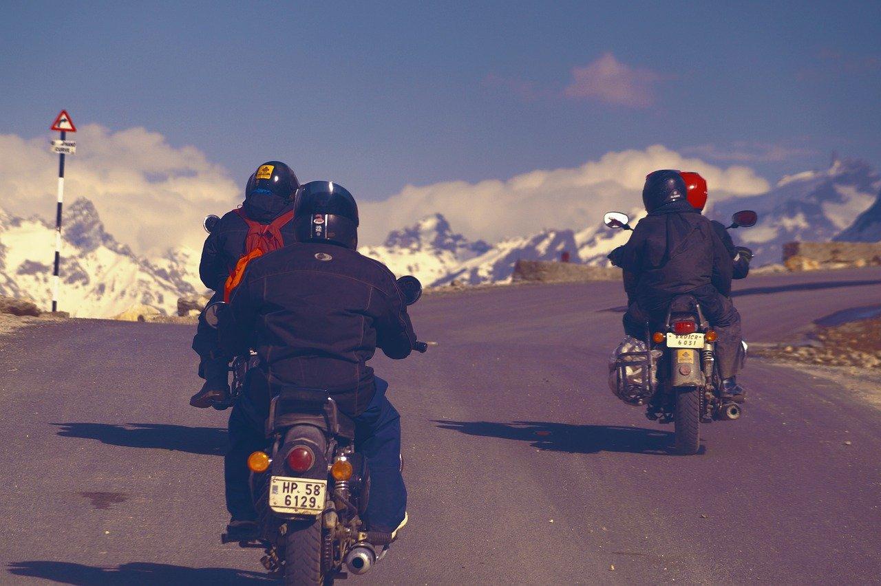 Revisão da moto para viagem: 7 itens que você tem que verificar